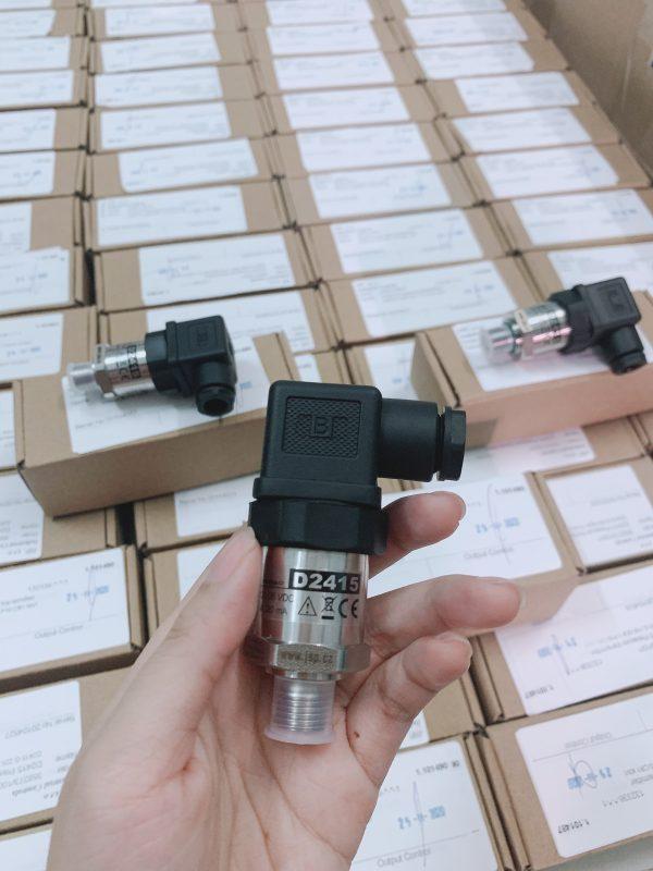 Cảm biến áp suất D2415 - 16Bar